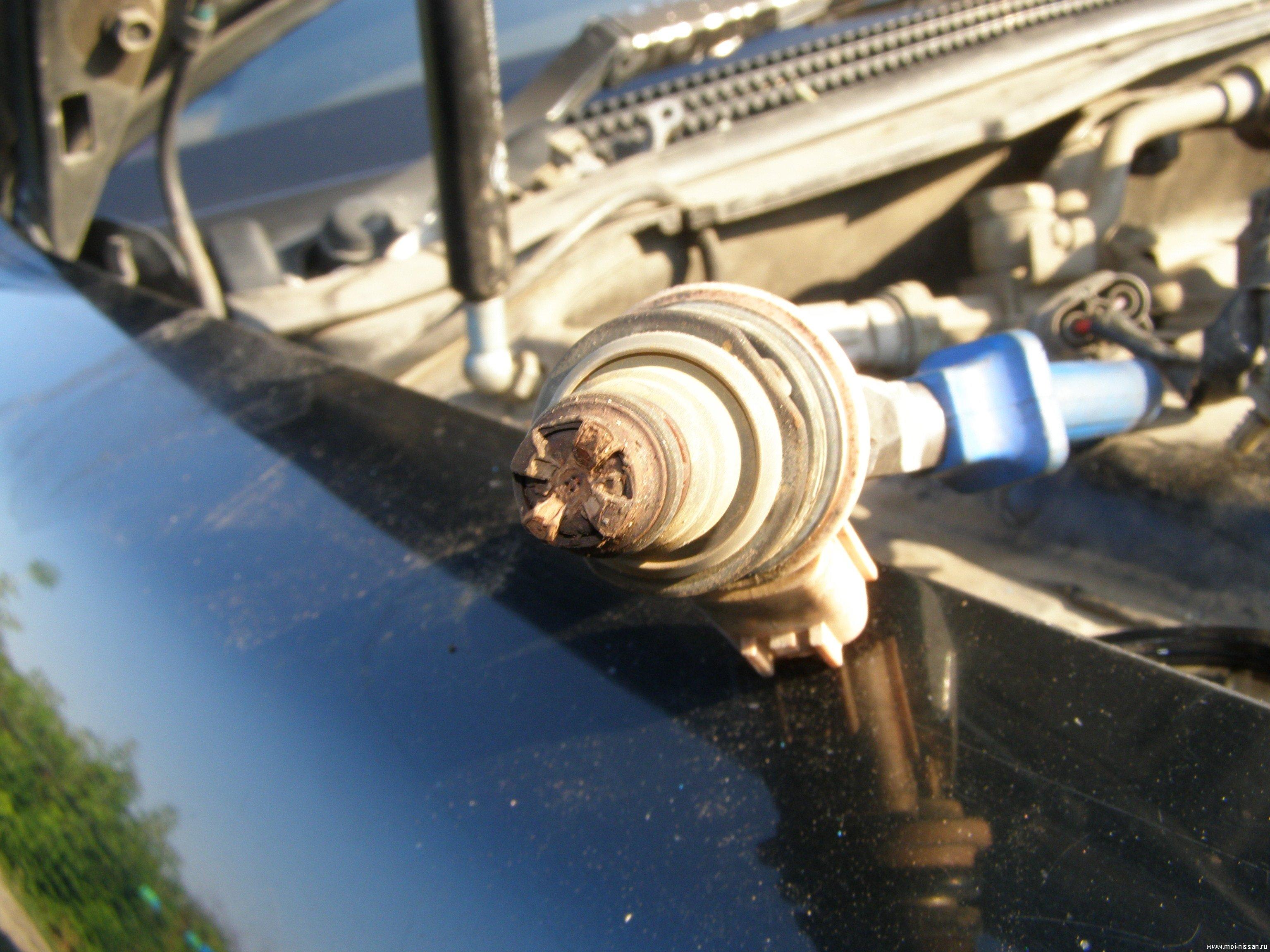 подскажите как заменить бензиновую форсунку на peugeot
