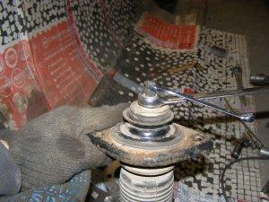 Дополнительные проставки под чашку стойки при увеличении клиренса на Nissan Teana