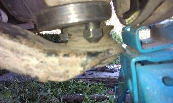 Замена шаровых опор Nissan Teana ... Тонкости снятия рычага