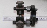 Съемники и другой спец инструмент для ремонта подвески