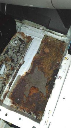 Nissan Cefiro 98 ... Москва и реагенты: сгнило дно ... РЕМОНТ